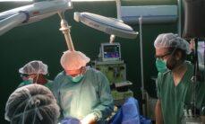 Leikkaussalissa Bujumburassa